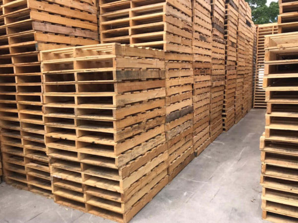 Various 1 Tonne Standard Pallets in our Sydney yard